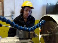 Как работать правильно на токарном станке?