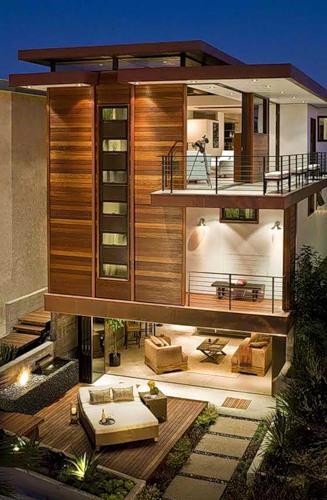 Деревянный дом в стиле хай тек